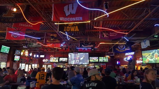 Icehouse Sports Bar