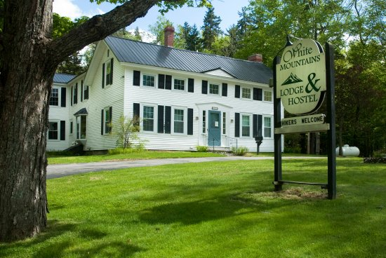 Shelburne, NH: White Mountains Lodge and Hostel