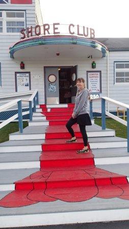 Hubbards, Kanada: Shore Club