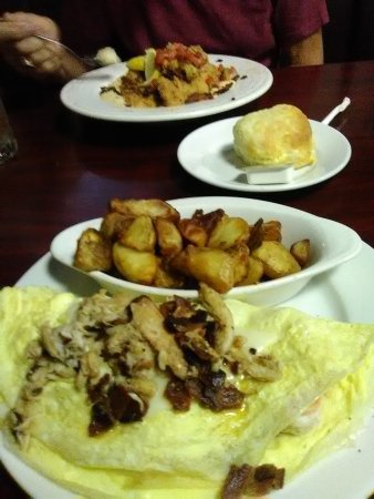 Pages Okra Grill : Shem Creek Omelet and Catfish w/pimento cheese grits