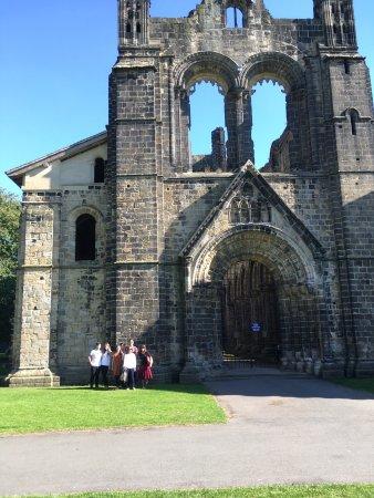 Kirkstall Abbey : photo0.jpg