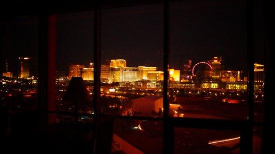 Rio All-Suite Hotel & Casino: Strip View !