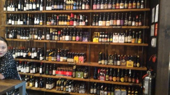 Red Apron: Phenomenal food and great beer selection