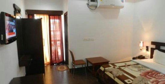 EuroStar Inn : images-6_large.jpg