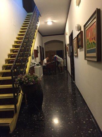 Hotel Primo Sole: Tertemiz ve manzarası mis :) Çalışanlar samimi ve güleryüzlü :)