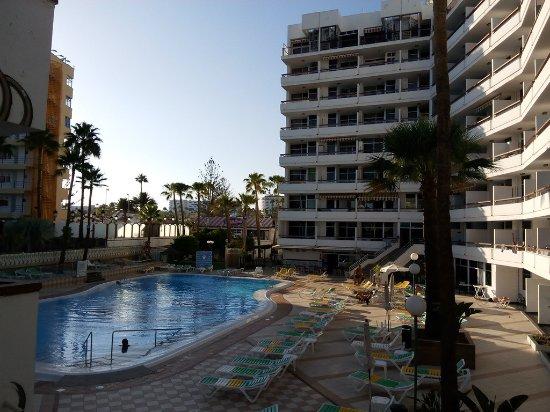 Corona blanca hotel playa del ingl s spagna prezzi for Piscina playa del ingles
