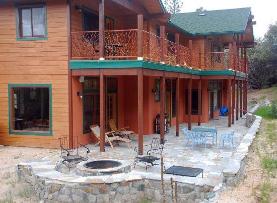 sierra trails inn prices lodge reviews mariposa ca
