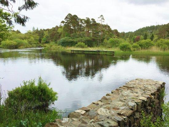 Recess, ไอร์แลนด์: Around the river