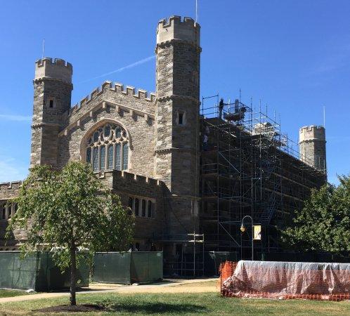 Bryn Mawr, PA: Thomas Hall, collegiate Gothic style