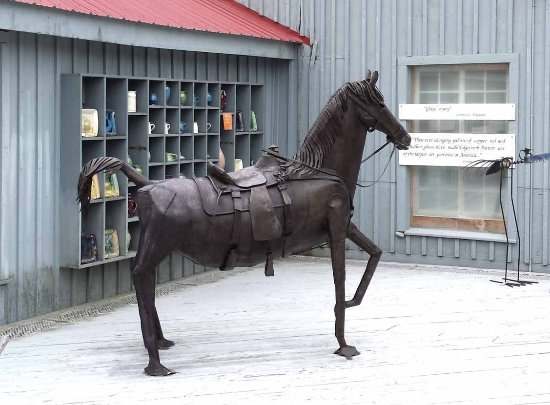 One of many metal sculputres at Edgecomb Potters