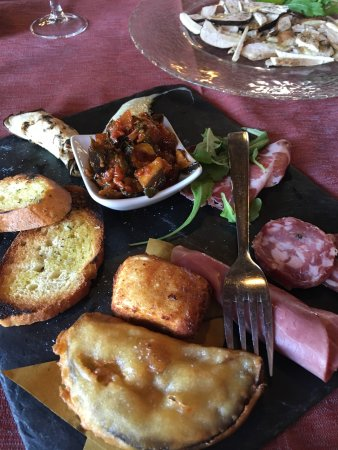 Collesano, Itália: Delicious Sunday lunch