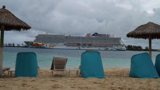 British Colonial Hilton Nassau: A non-zoomed in on shot of a cruise ship departing the Nassau Harbor at the end of the day.