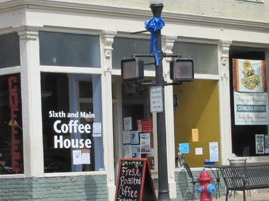 Shelbyville, KY: Coffee House Front