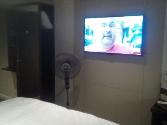 Premier Inn Manchester West Didsbury Hotel: IMG_20160915_072550_large.jpg