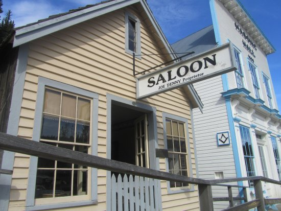 Barkerville, Canada: One of many saloons