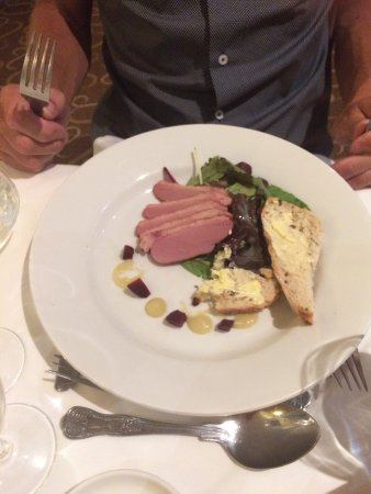 Emsworth, UK: Best meals we have had in a long while!! The beef was the best ever I wanted to lick the plate c