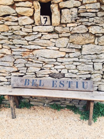 Saint-Genies, Frankrike: Bel Estiu