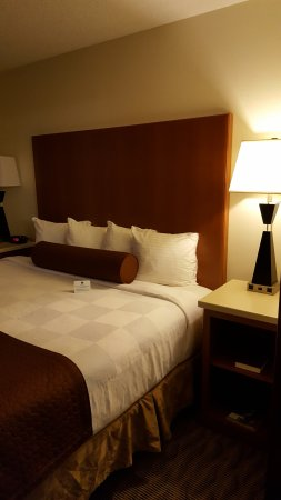 Chehalis, WA: king suite