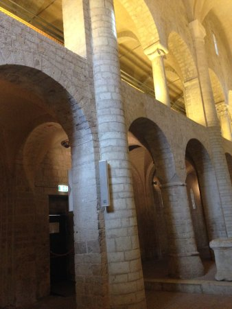 Museo Diocesano e Basilica di Sant'Eufemia : Matroneo