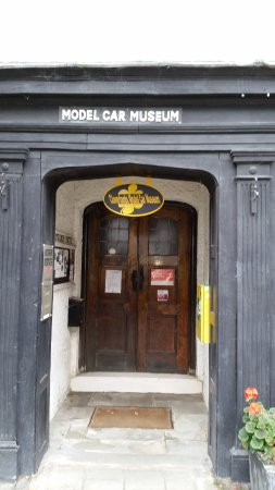 Montgomery, UK: Model Car Museum