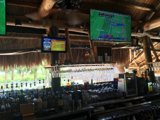 Ramrod Key, FL: Boondocks Grille & Draft House