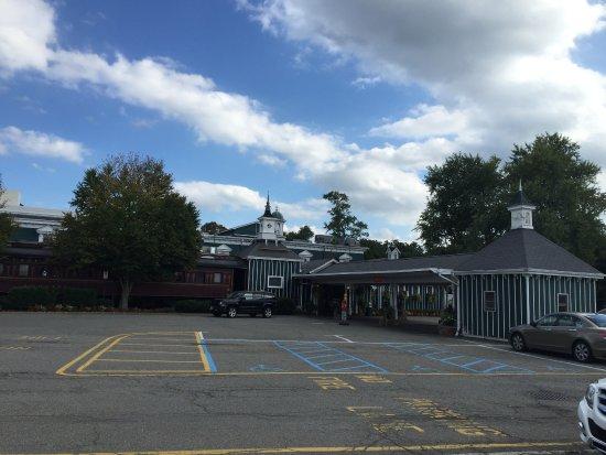 Morristown, NJ: car park