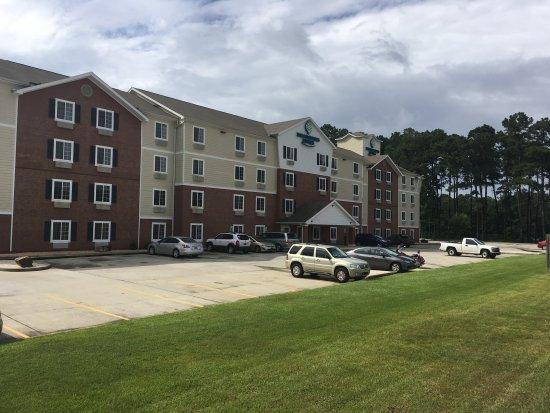 WoodSpring Suites Daphne: Hotel Exterior