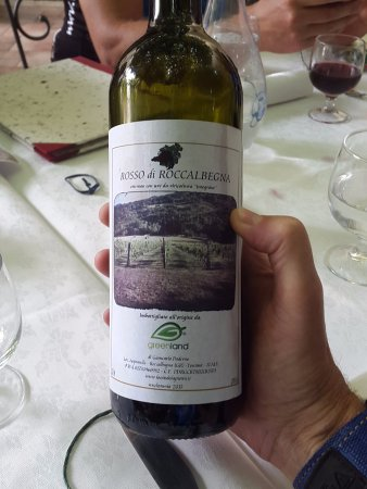 "Roccalbegna, Italia: The ""Montecucco"" house wine is own production"