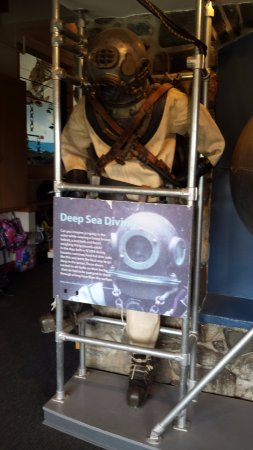 Rye, NH: Deep sea suit on display.