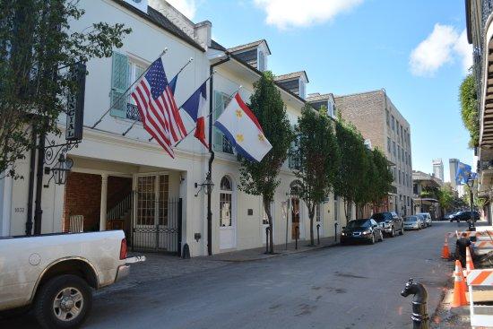 Potret Hotel Provincial