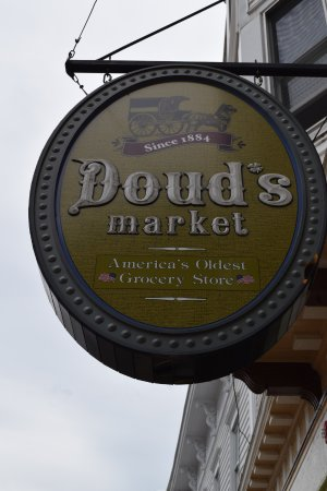 Doud's Market: The sign says it all