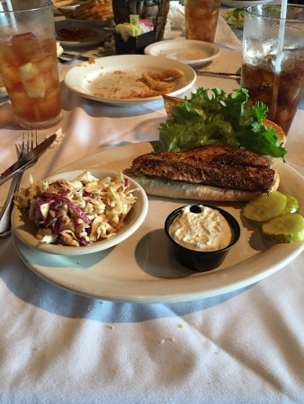 Zachry's Seafood & Steak: Shrimp & grits + blackened mahi sandwich