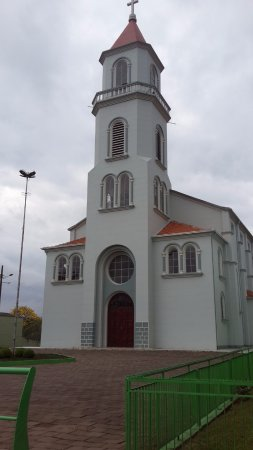 Treze Tílias, SC: Igreja Matriz Nossa Senhora do Perpétuo Socorro