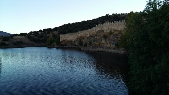 Buitrago de Lozoya, Spanien: Murallas de Buitrago del Lozoya