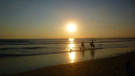 Mal País, Costa Rica: Sunset in Santa Teresa