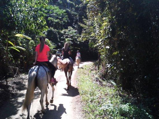 Mal País, Costa Rica: family rides