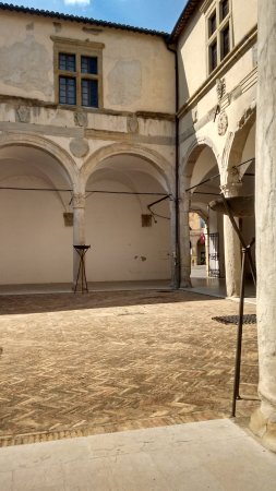 Camerino, Italien: Patio