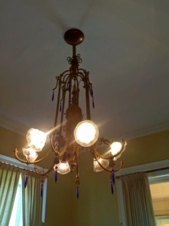 Coldwater, MI: Electrified Gas chandelier