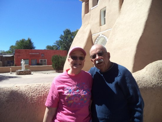 Ranchos De Taos, NM: Tom and Gretchen at Mission church