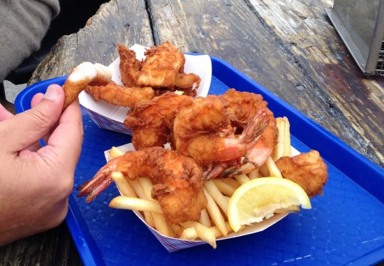 Sea Pal Cove Restaurant: For $30 we got Fish & Chips and Prawns & Chips. We got an extra Fish and gave up 1 side of Chips