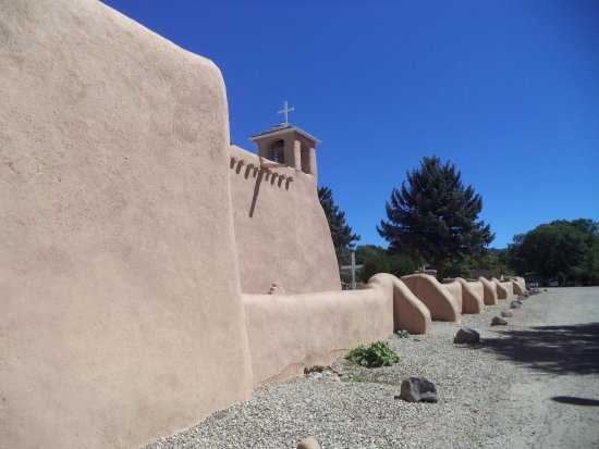 Ranchos De Taos, NM: Restored to look like new.