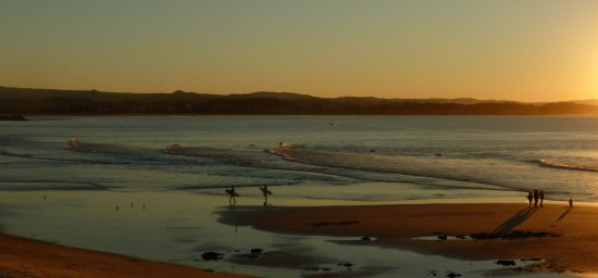 Snapper Rocks: Sunset over Rainbow Beach