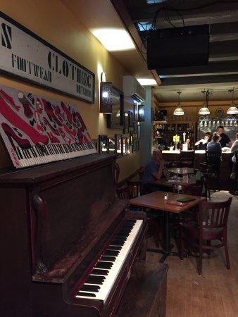 The Red Shoe Pub: photo4.jpg