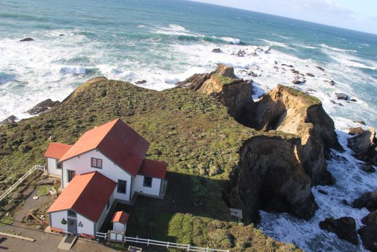 Point Arena, Californië: View from top of lighthouse.