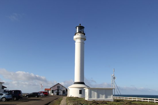 Point Arena, Califórnia: Picture of lighthouse and museum.