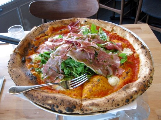 Vaudreuil-Dorion, Kanada: Argyra and Prosciutto Pizza