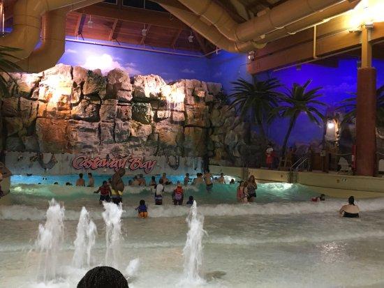 Castaway Bay Resort: water park
