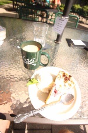Raspberry Streusel & Coffee
