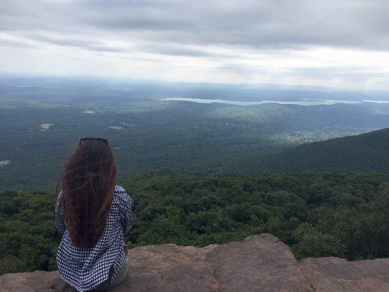 Woodstock, estado de Nueva York: amazing It  took one and a half hours to the top but it's worthy🍵💚💚💚
