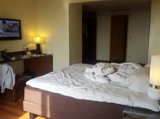 Hotel Ibis Yogyakarta Malioboro: 20160919_080620_large.jpg